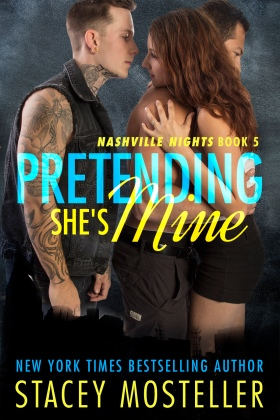 Pretending She's Mine_amazon